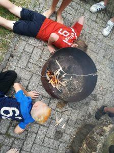 vuurtje maken survivallen